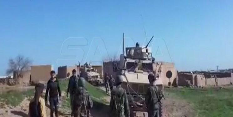 مردم در شمال شرق سوریه کاروان نظامیان آمریکا را با سنگ پرانی بدرقه کردند