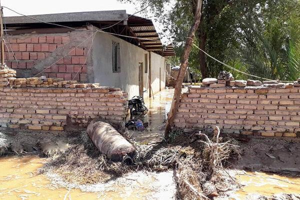سیلاب آب و برق 20 روستای شهداد و گلباف کرمان را قطع کرد