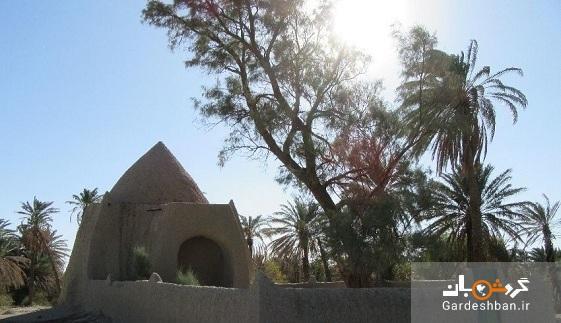 آرامگاه حاجی بابا از جاذبه های دیدنی سراوان، عکس