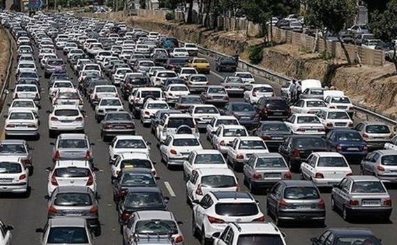 ترافیک سنگین صبحگاهی در محور قروین-کرج